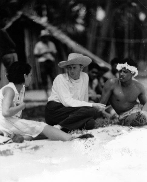 Reri, Murnau and Matahi during a break in filming.