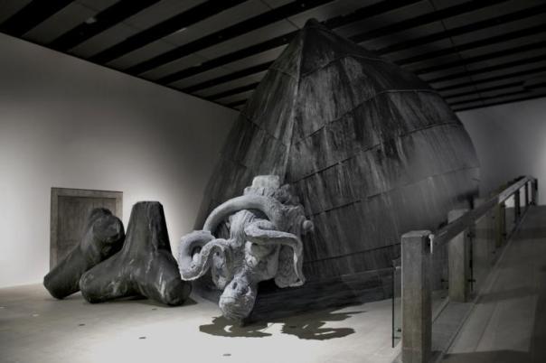 Lindsay Seers, Nowherelessnow4 (installation), 2014