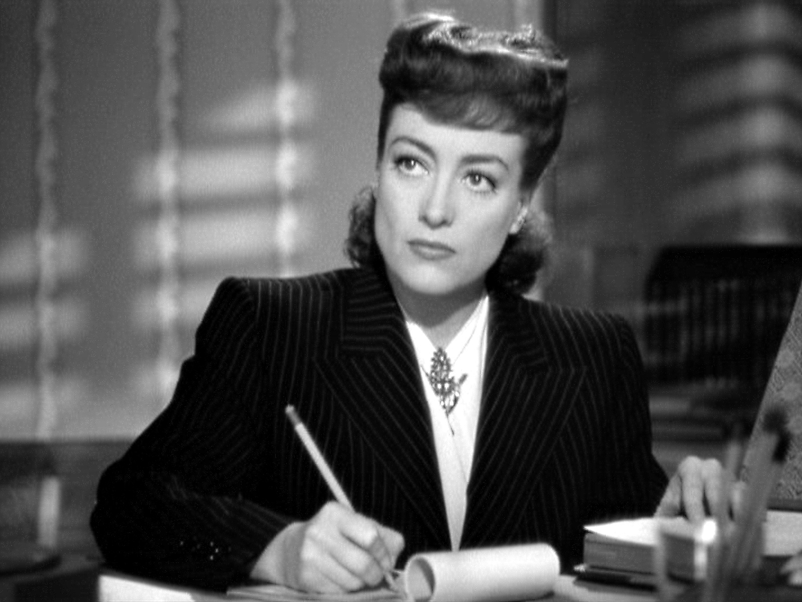 Joan Crawfordu0027s Oscar moment (ironically perhaps) was Mildred Pierce the story of a woman who sacrifices everything for her vicious ungrateful daughter.  sc 1 st  MostlyFilm & The Mummies Return | MostlyFilm