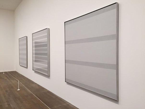 Tate-Modern-Agnes-Martin-installation-shot
