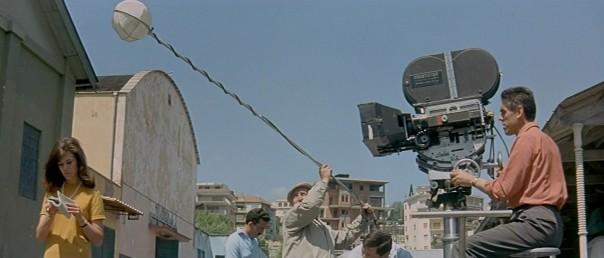 Jean-Luc_Godard_Le_Mepris_le_cinema_disait_andre_bazin_film_2